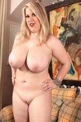 Сексуальная толстушка
