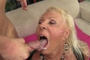 Кончил грудастой бабушке в рот
